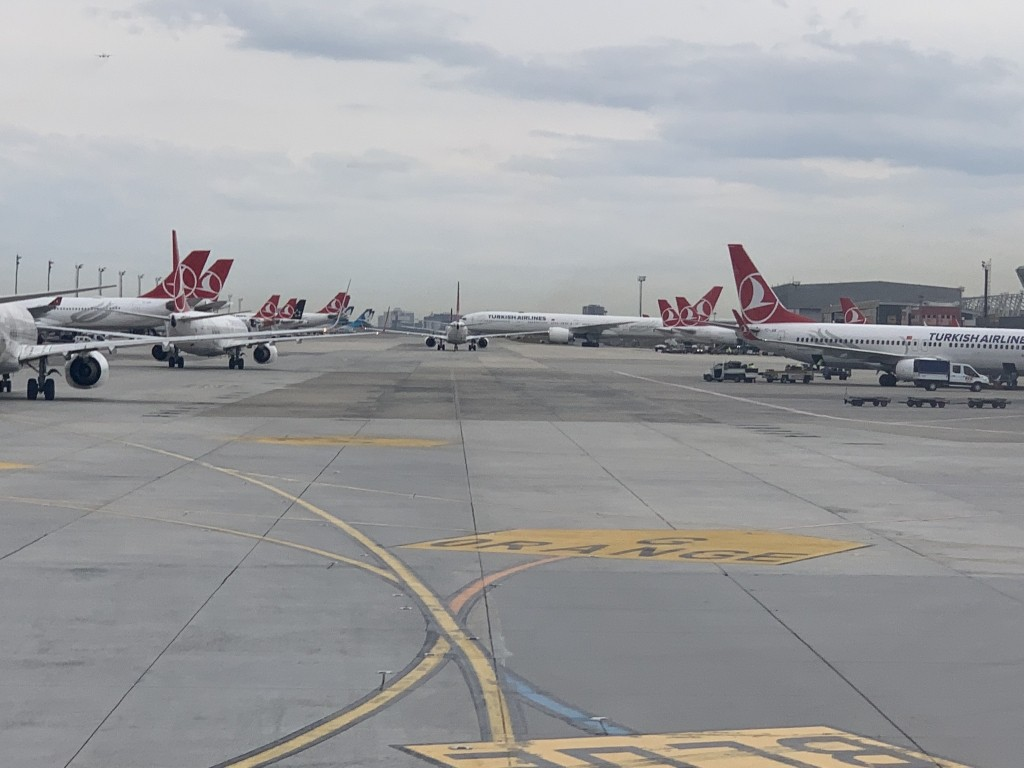 TOP 5 Biggest airlines by number of routes - FlightsFrom com